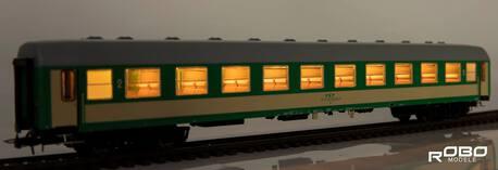 222341 Wagon 2 klasy 111Ab stacja Zagórz z oświetleniem Robo (1)