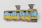 Przypinka - tramwaj 105Na Warszawa żółty (2)